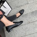 Flats & Low Heels
